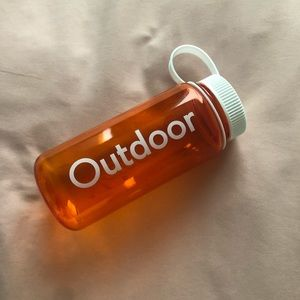 Outdoor Voices Accessories - NWOT Outdoor Voices 16oz Waterbottle